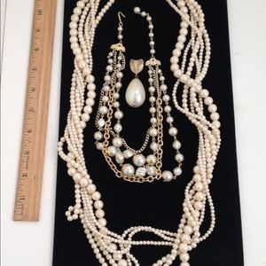 Pearl necklace lot FREE!!!!